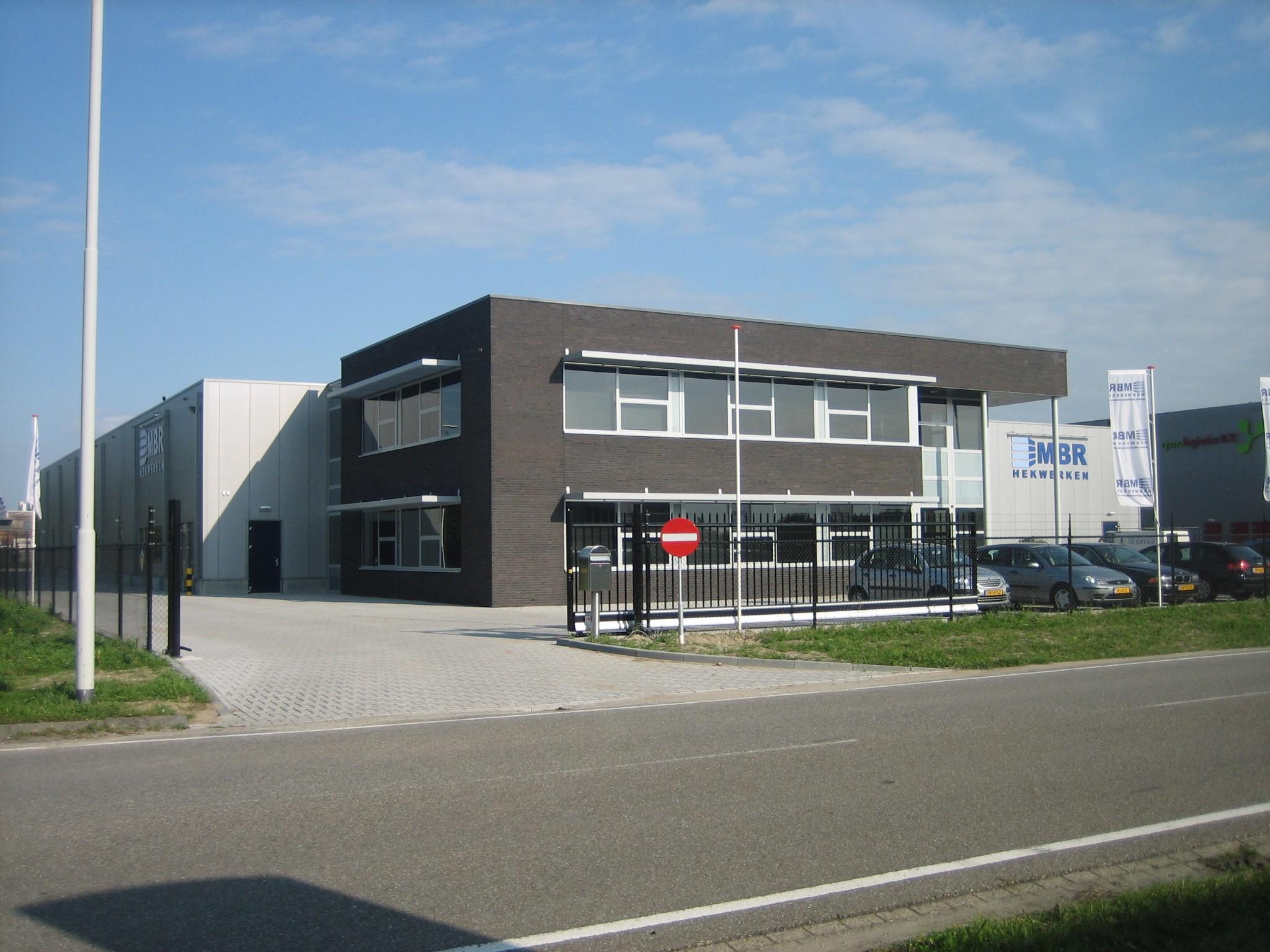 Nieuwbouw bedrijfshal met kantoor te klundert den hollander bouwadvies - Decoratie ontwerp kantoor ontwerp ...